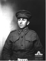 Studio portrait of Leyton Loggin, October 1915.  AWM DA11083.